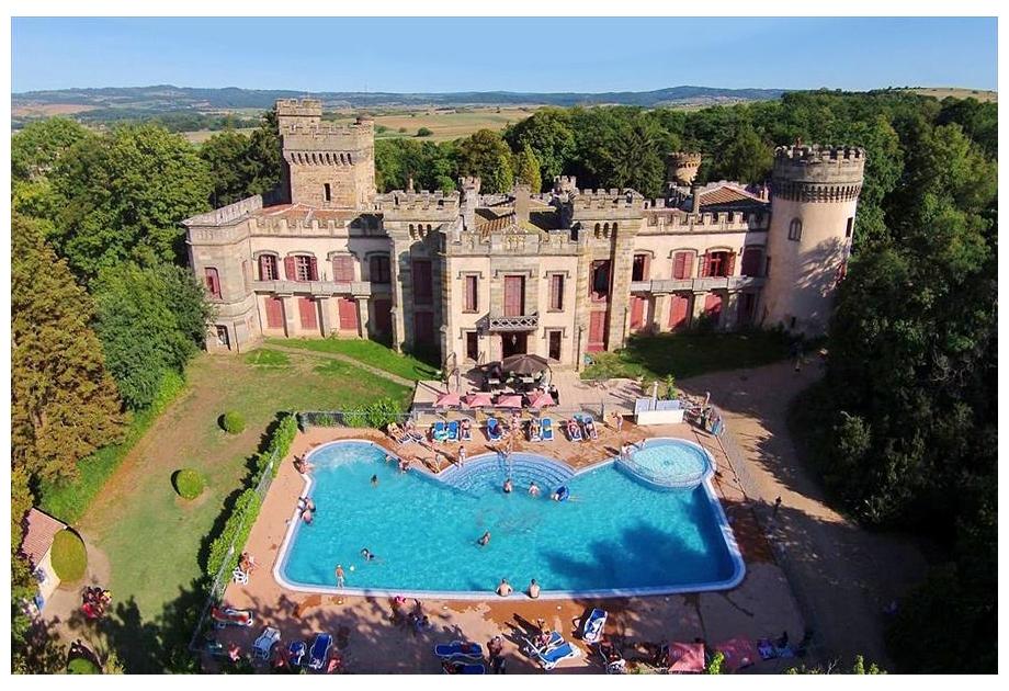 Campsite Chateau de Grange Fort, Les Pradeaux,Auvergne,France